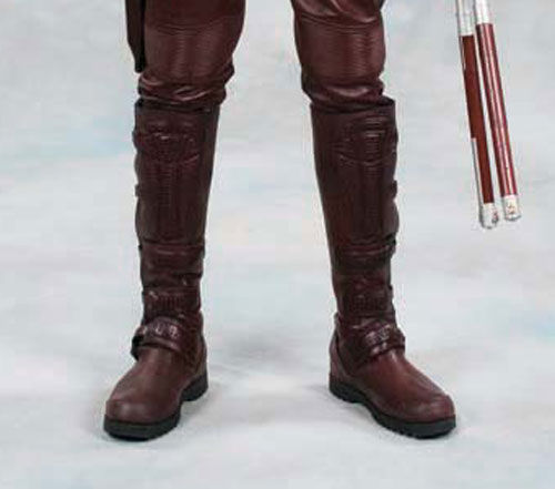 daredevil-props-weapons-daredevil-boots